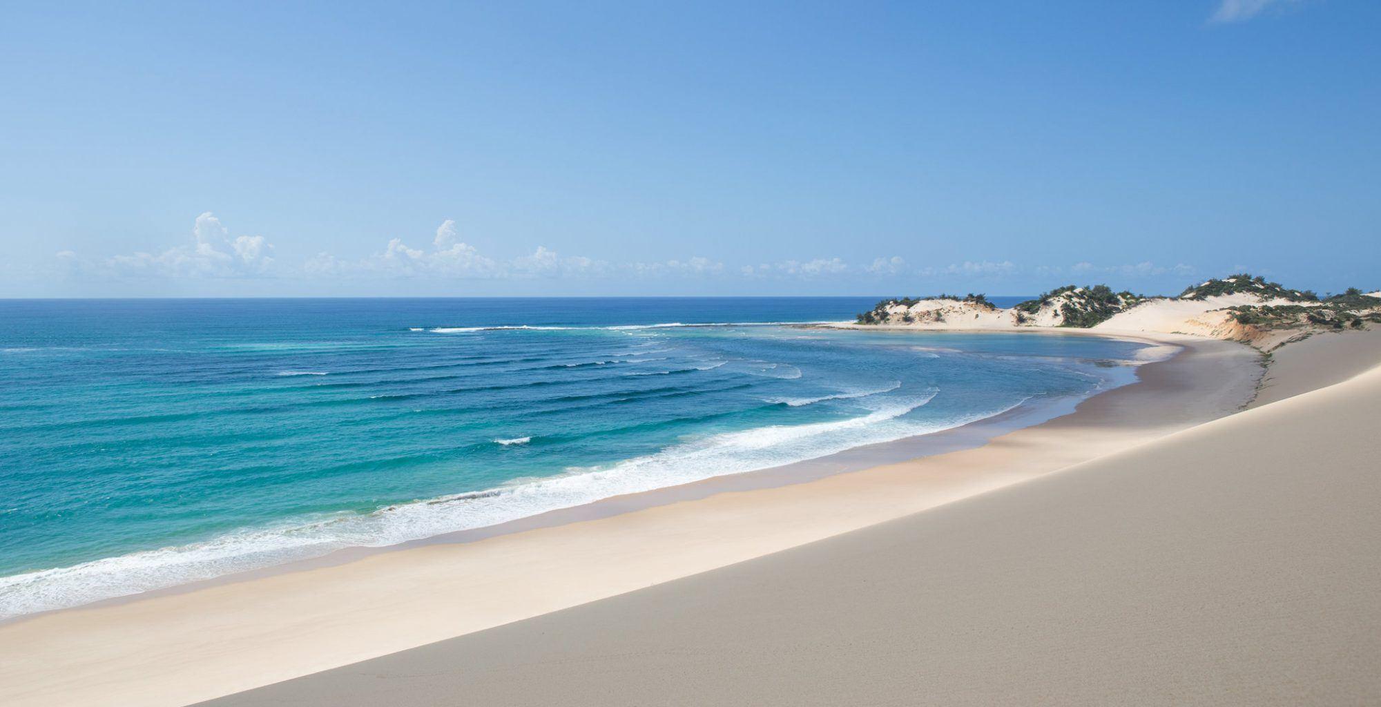 Mozambique-Bazaruto-Archipelago-Beach