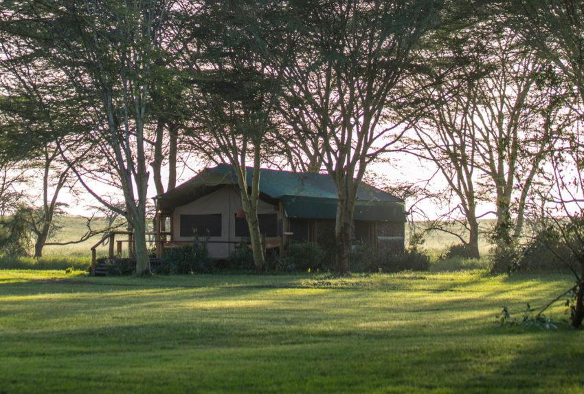 Sirikoi-Willys-Camp-Kenya-Tent-Exterior