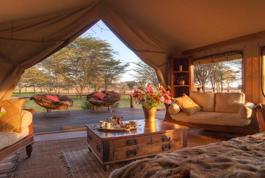 Sirikoi-Willys-Camp-Kenya-Tent-Interior