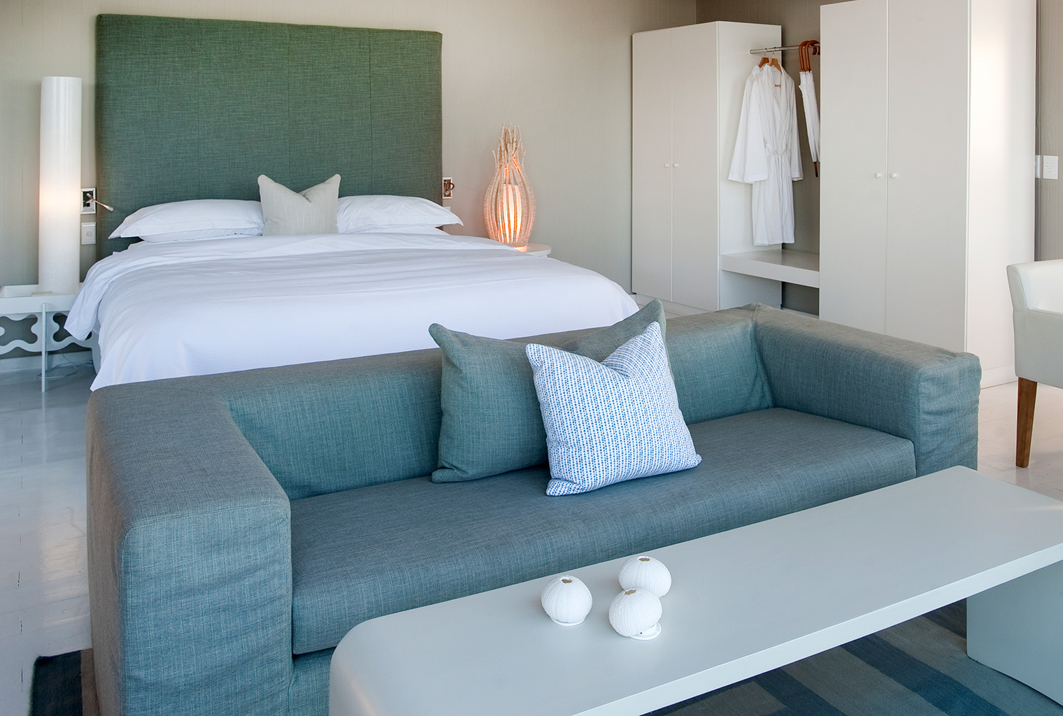 White-Pearl-Mozambique-Bedroom