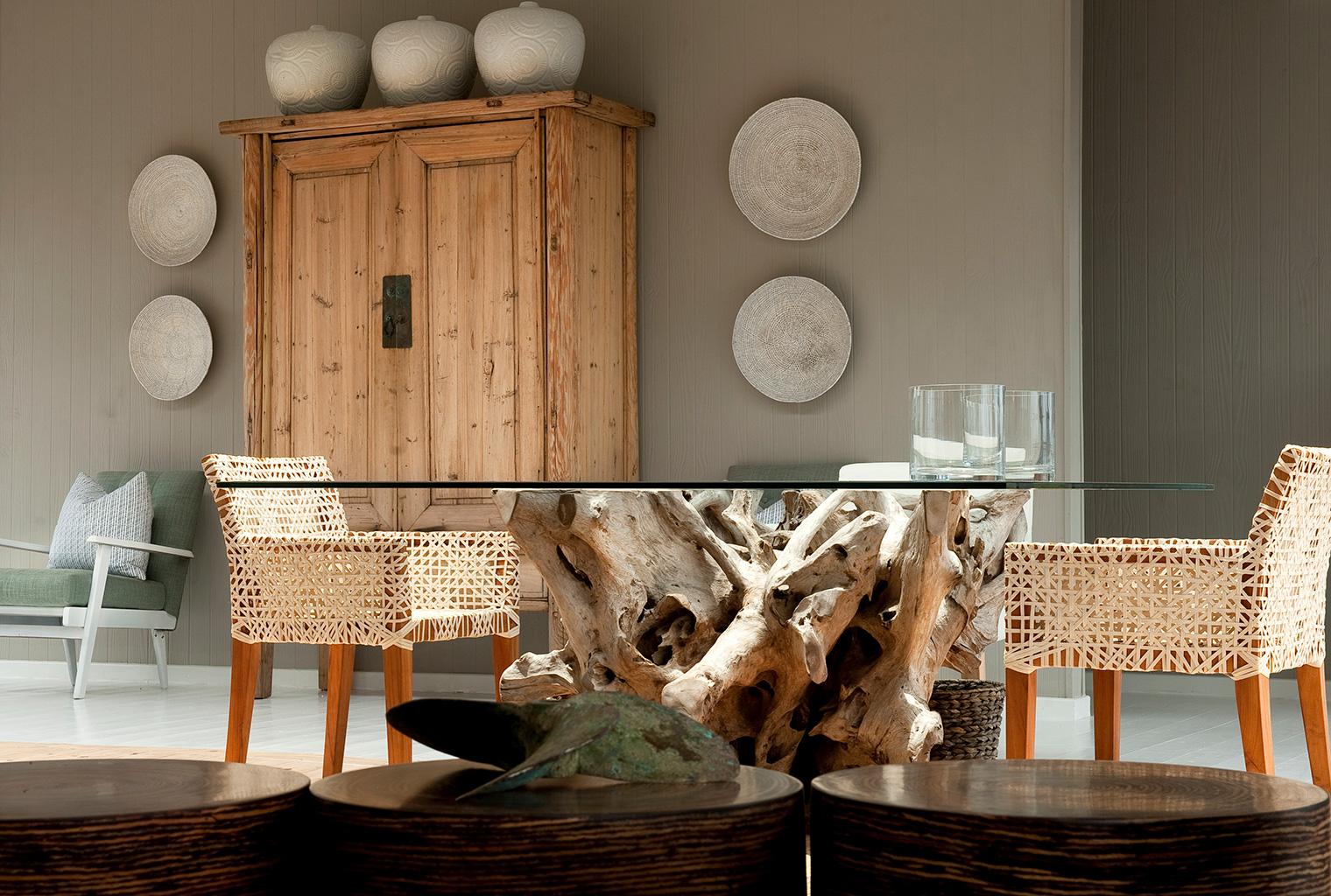 White-Pearl-Mozambique-Lounge