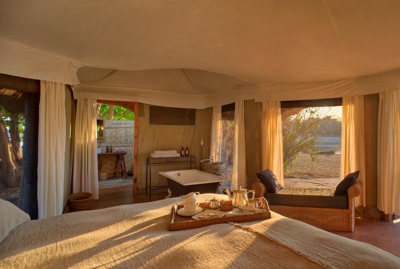 Zambia,-Mchenja-Camp,-Bedroom