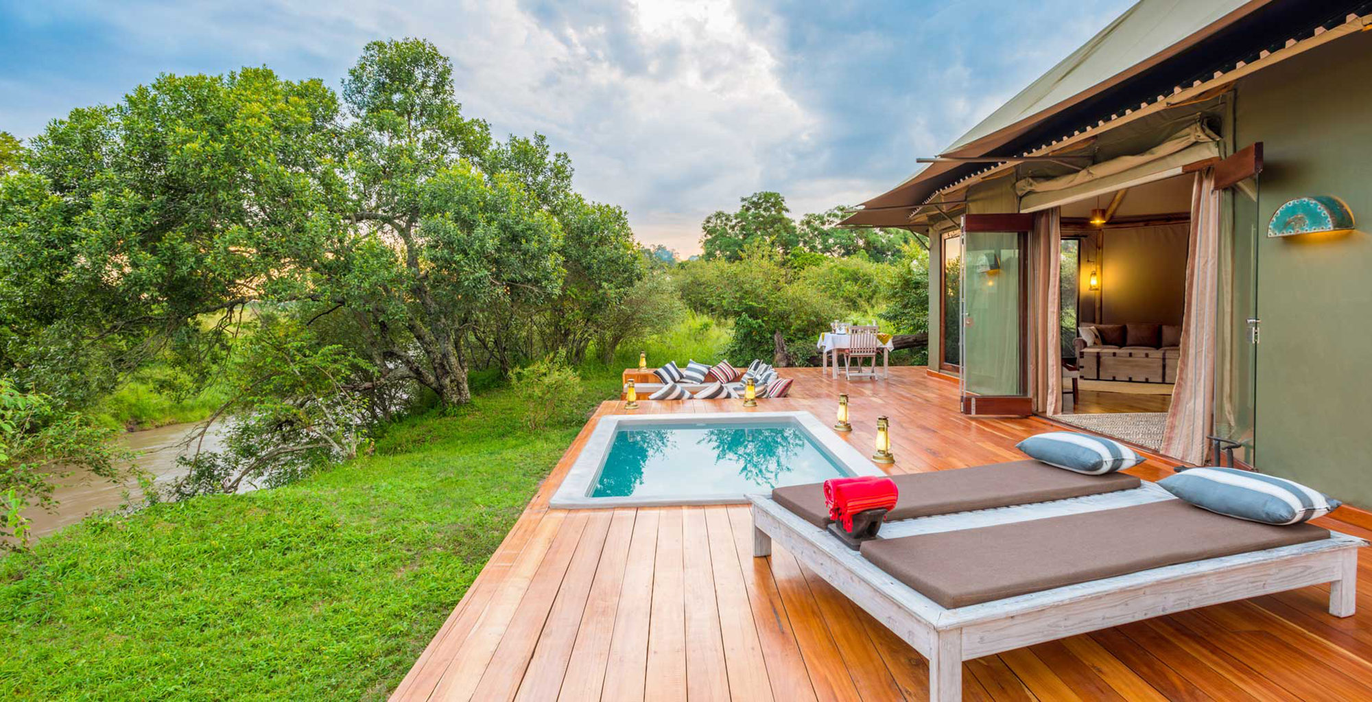 Kenya-Sala's-Camp-Deck-and-Pool