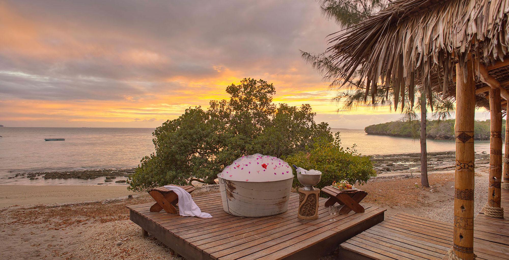 Mozambique-Azure-Quilalea-Bath