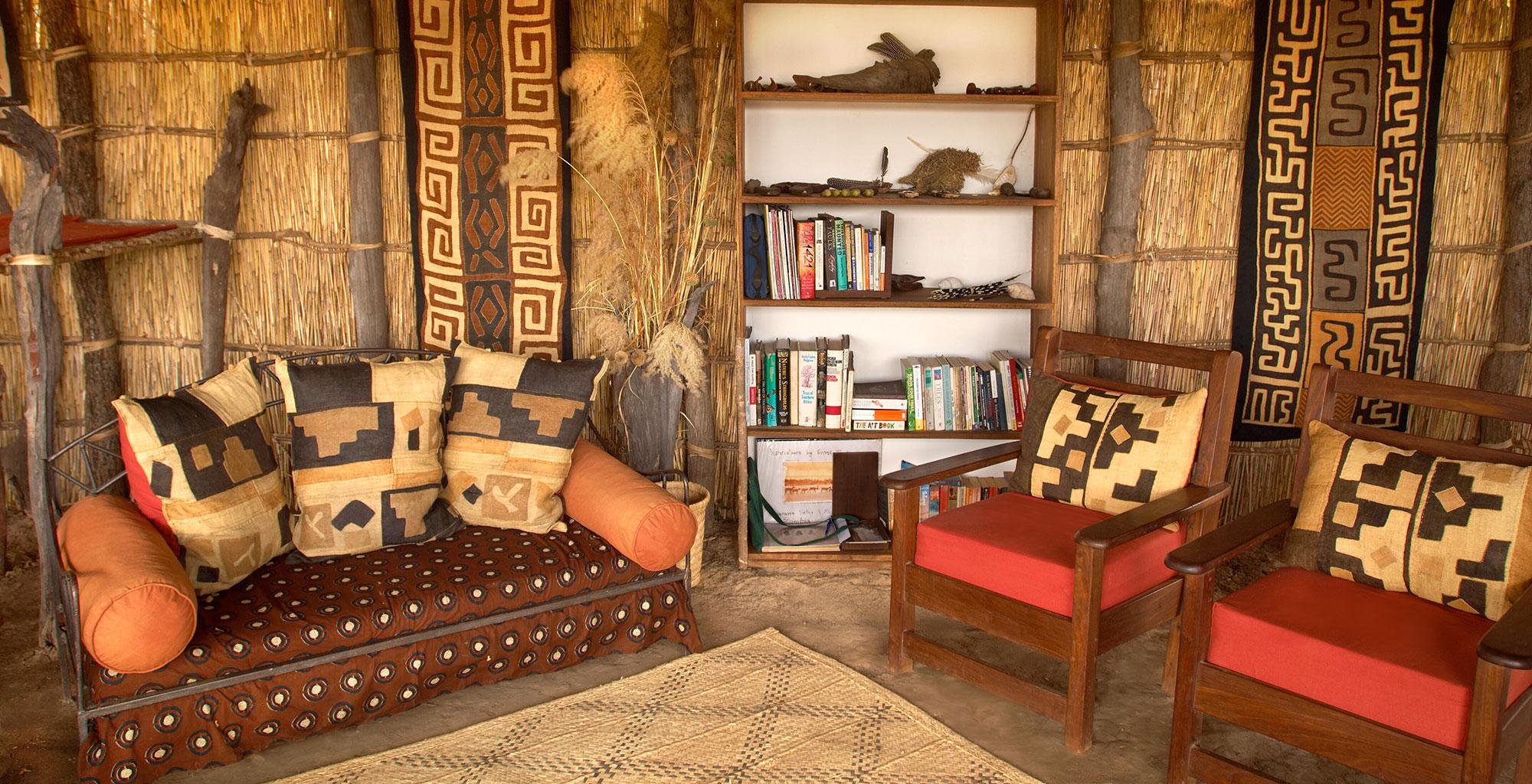 Zambia-Mwaleshi-Camp-Lounge
