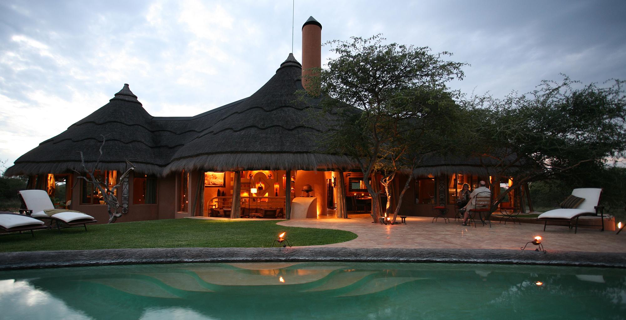 Namibia-Okonjima-Bush-Suite-Exterior