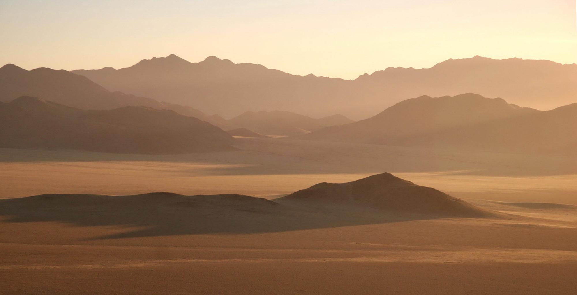 Namibia-Skeleton-Coast-Landscape
