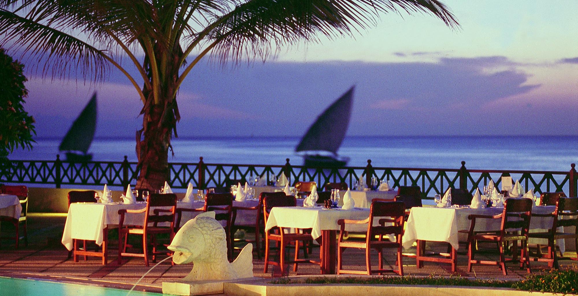 Tanzania-Zanzibar-Serena-Dining