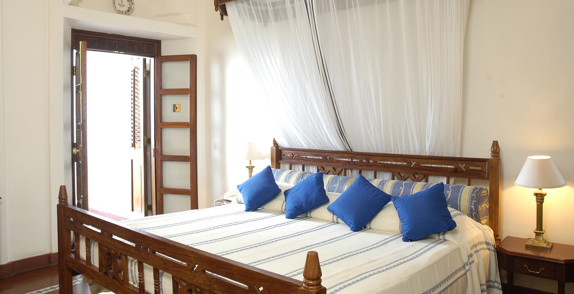 Tanzania-Zanzibar-Serena-Bedroom