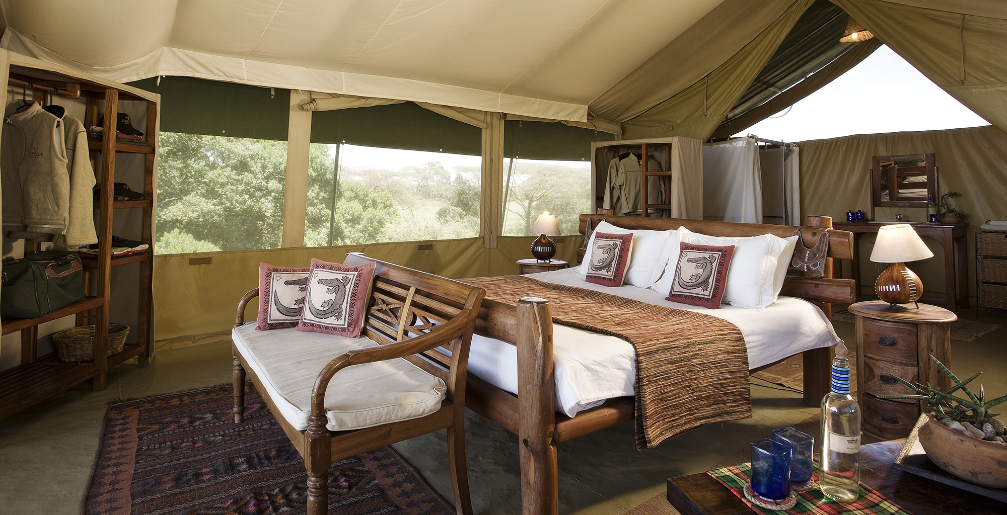 Kenya-Kicheche-Mara-Camp-Bedroom