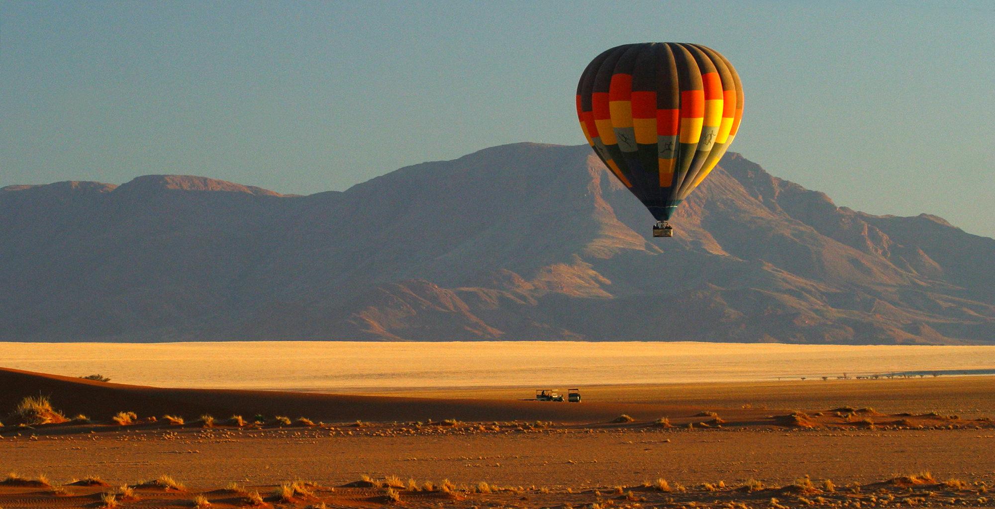 Namibia-NamibRand-Reserve-Ballooning