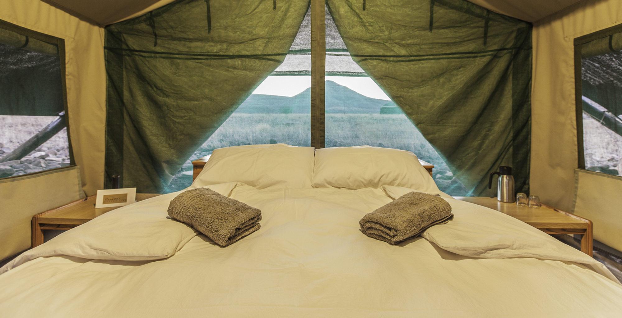 Namibia-Etendeka-Mountain-Camp-Bedroom