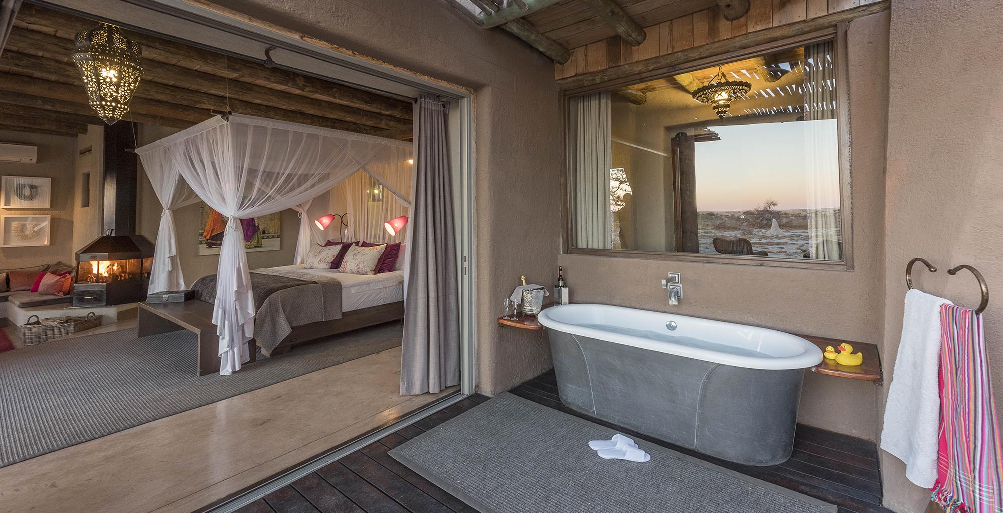 Namibia-Onguma-Fort-Bathroom