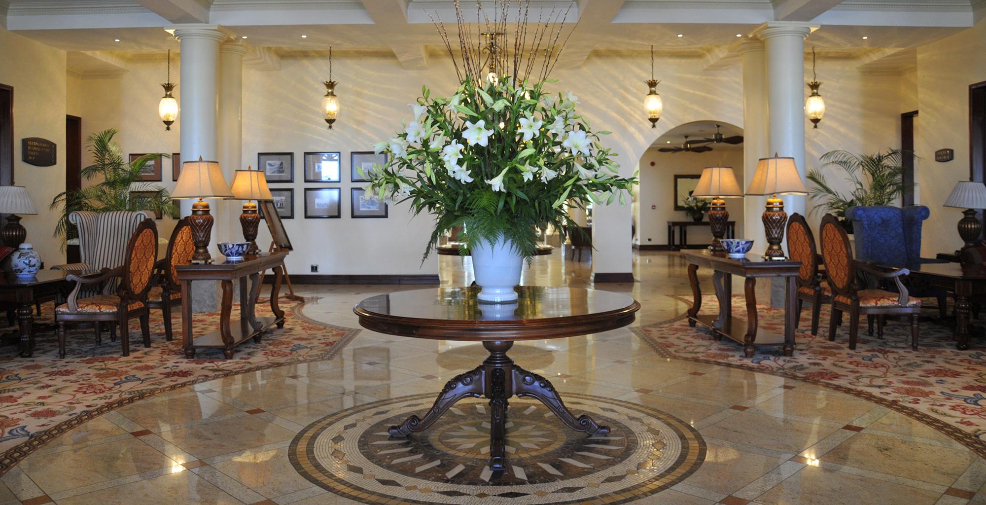 Mozambique-Maputo-Inhambane-Polona-Serena-Hotel-Lobby