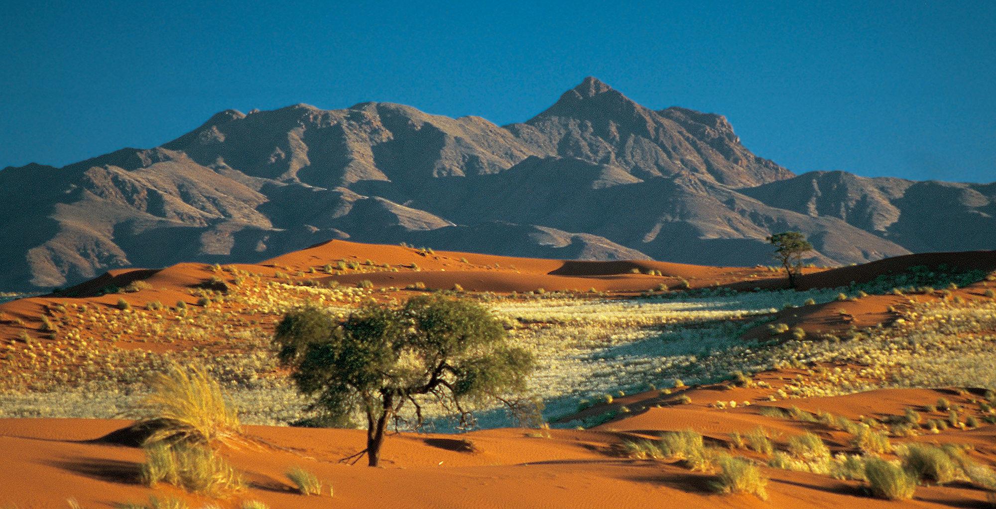 Namibia-NamibRand-Reserve-Landscape-Mountain