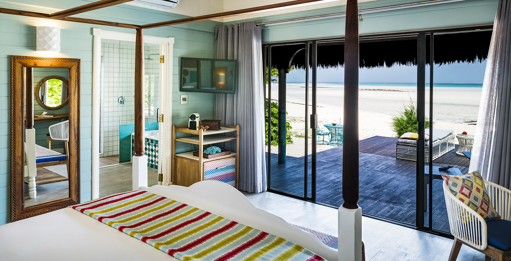 Mozambique-Medjumbe-Private-Island-Bedroom