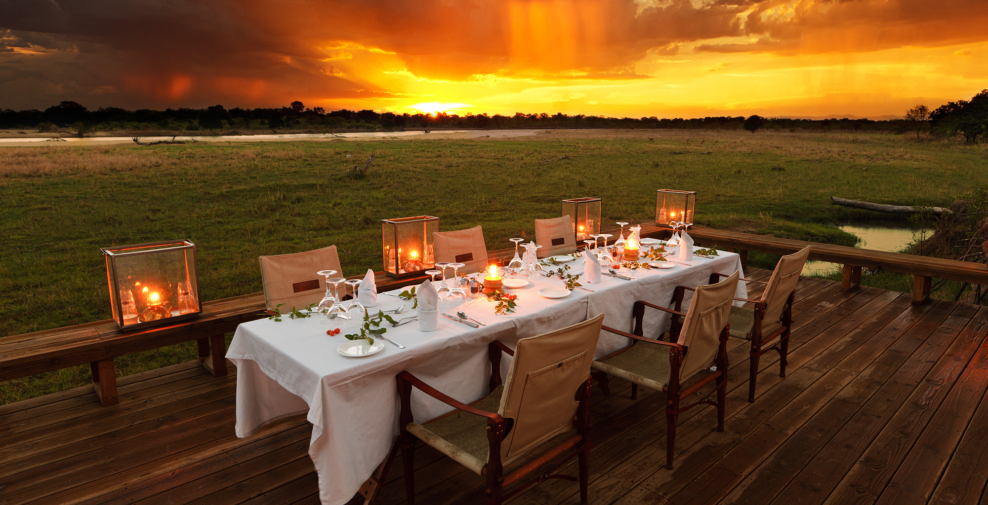 Zambia-Zungulila-Outdoor-Dining