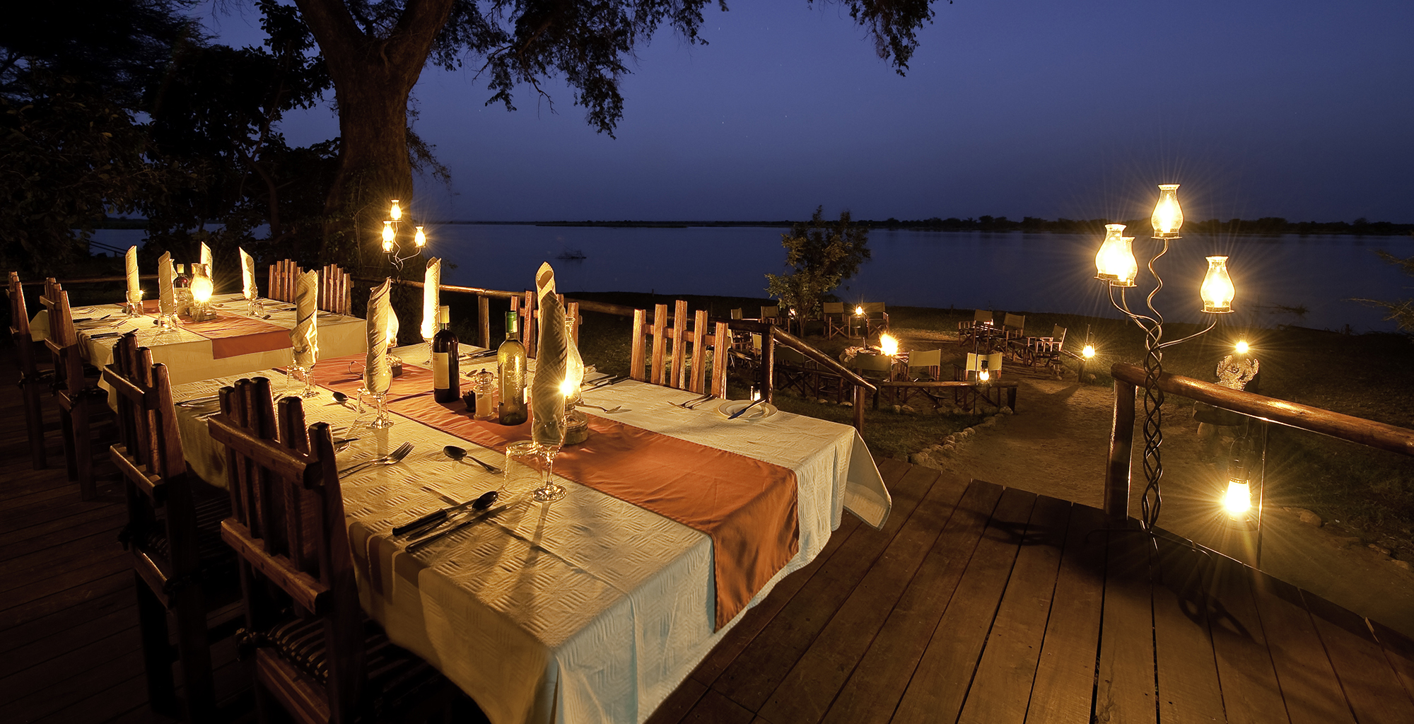 Zambia-Chiawa-Camp-Dining