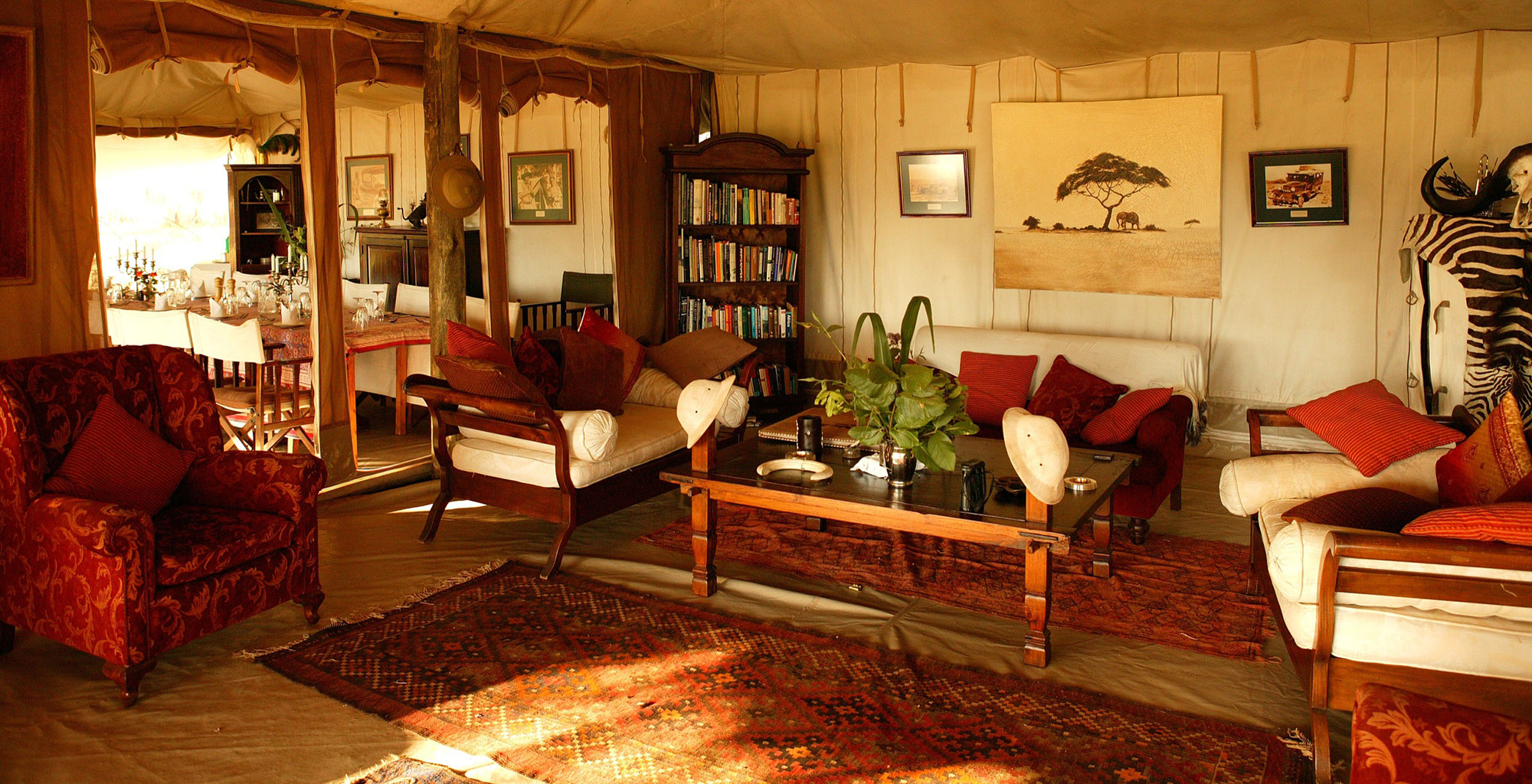 Kenya-Cottars-1920-Safari-Living-Room