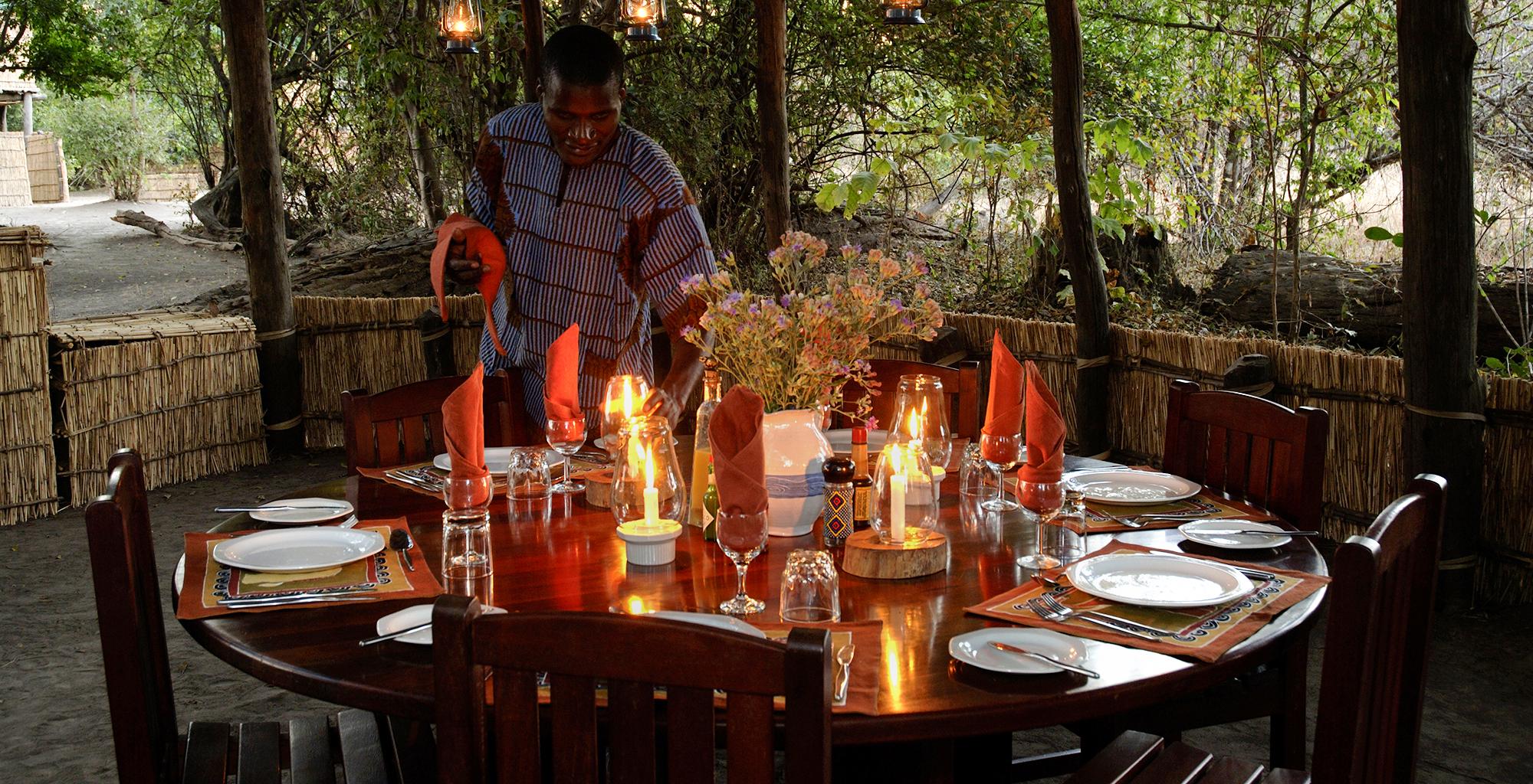 Zambia-Chikoko-Trails-Dining