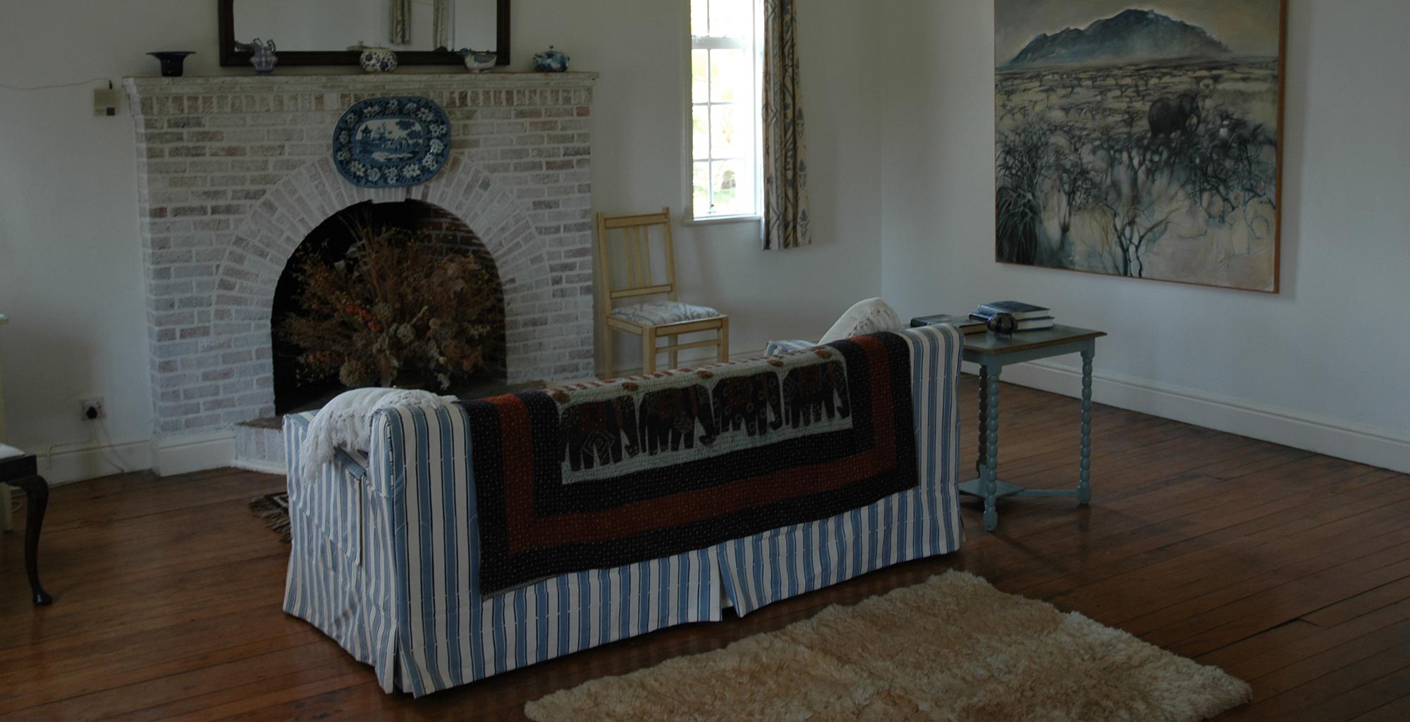 Kenya-Mundui-House-Sofa-Fireplace