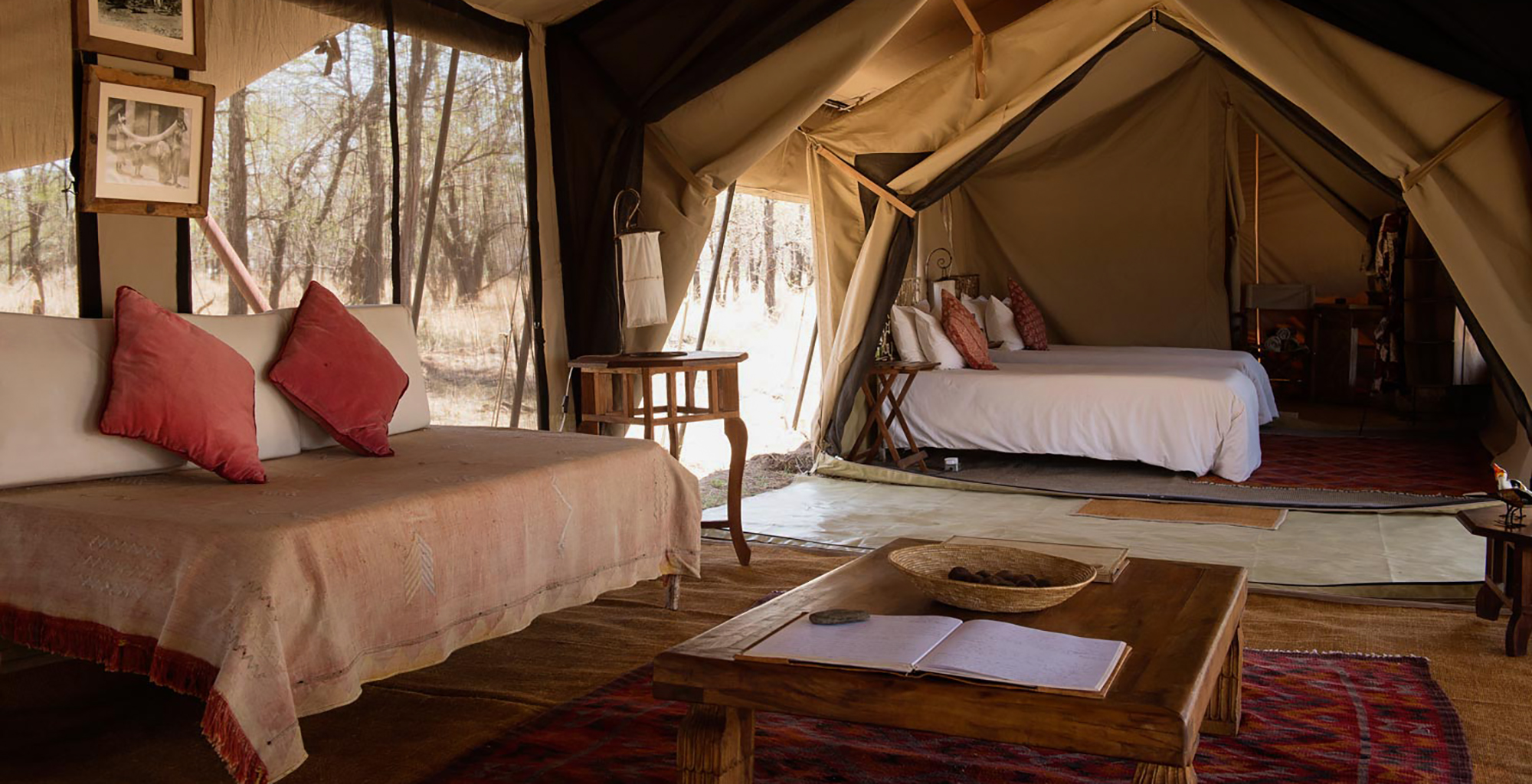Tanzania-Serians-Serengeti-Mobile-Camp-Bed-from-Living-Room