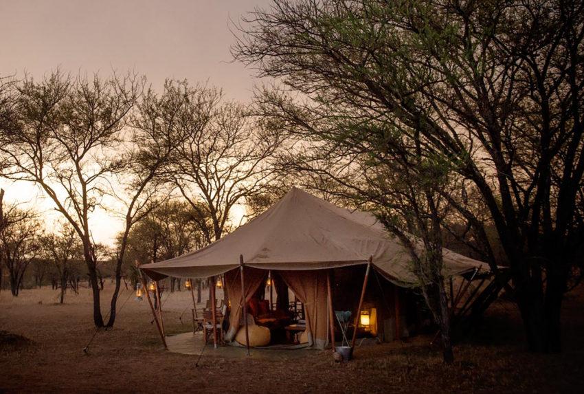 Tanzania-Serians-Serengeti-Mobile-Camp-Exterior-Sunset