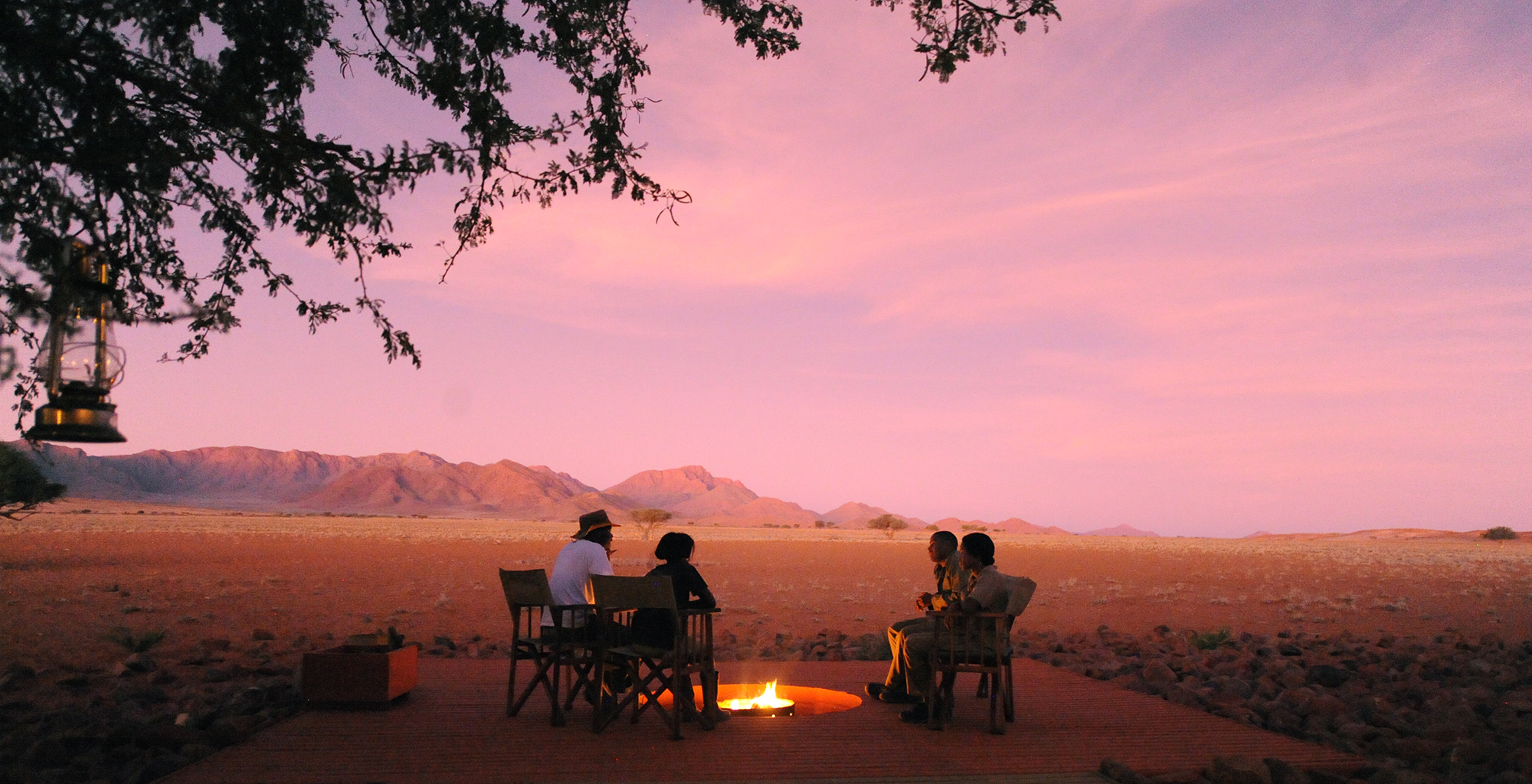 Namibia-Wolwedans-Private-Camp-Campfire