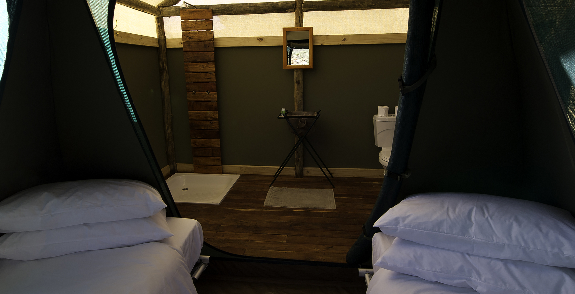 Namibia-Damaraland-Adventurer-Tent-Bathroom