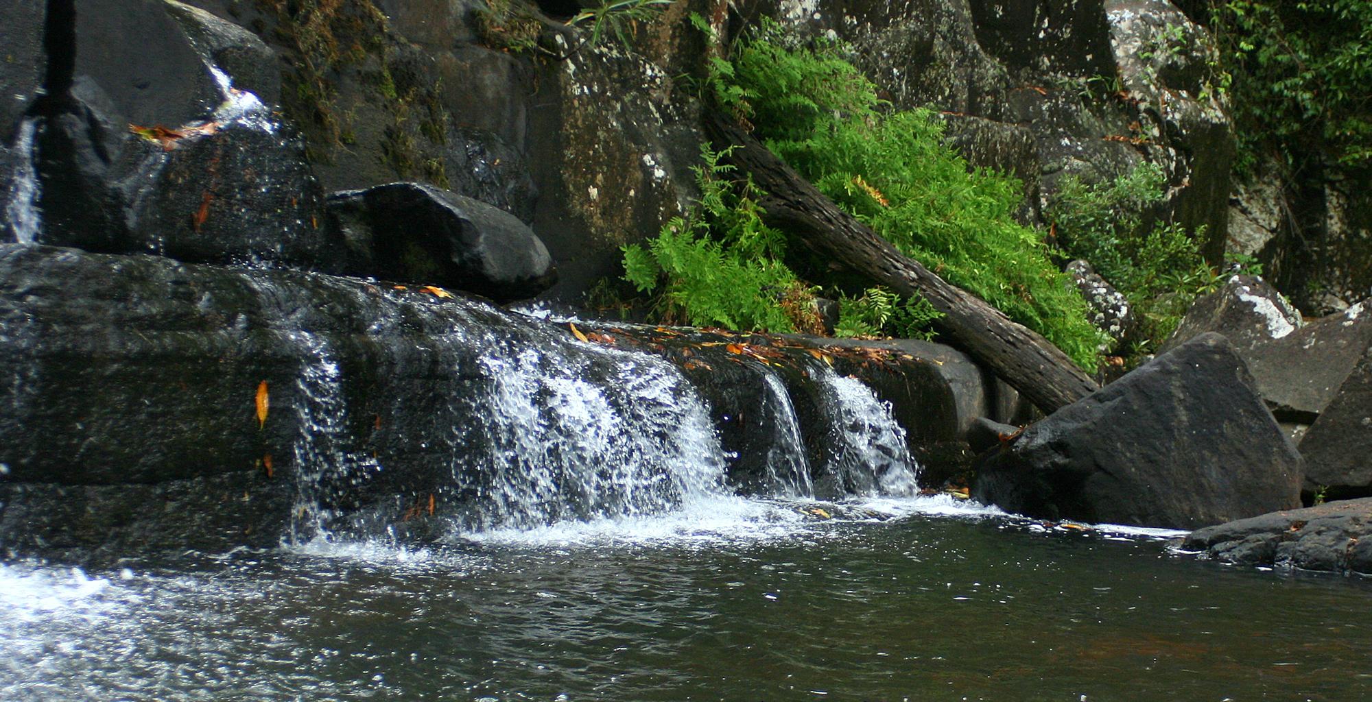 Mozambique-Gorongosa-National-Park-Explora-Gorongosa-Waterfall