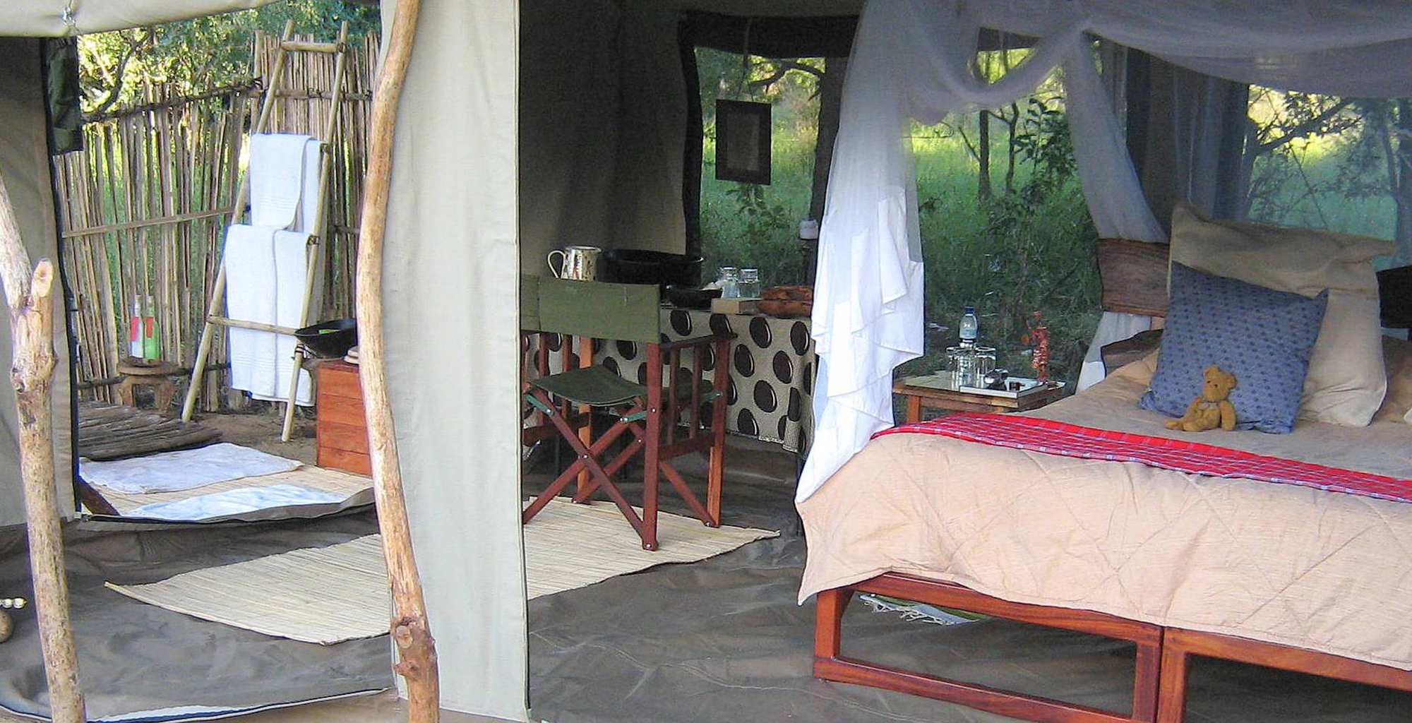 Mozambique-Gorongosa-National-Park-Explora-Gorongosa-Tent-Interior