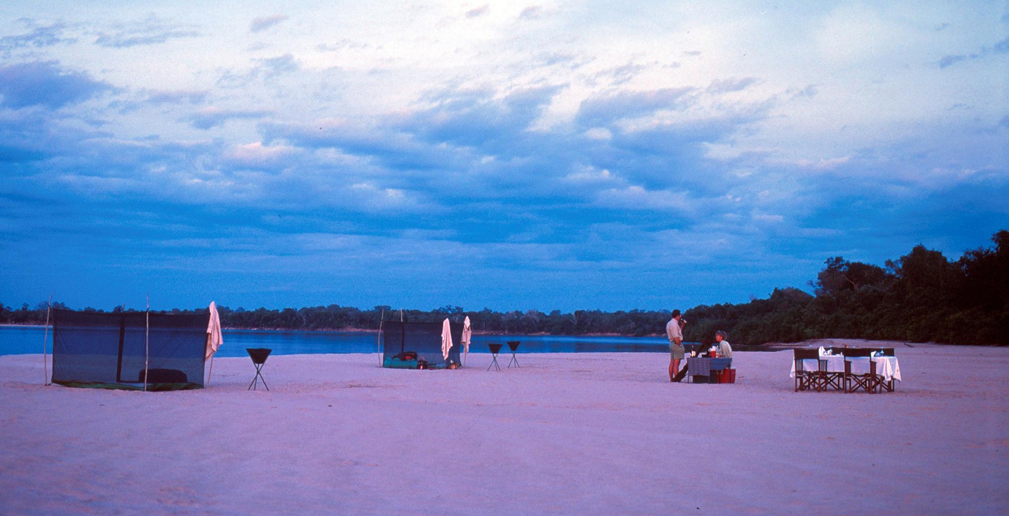 Tanzania-Selous-Walking-Safari-Fly-Camp-Beds