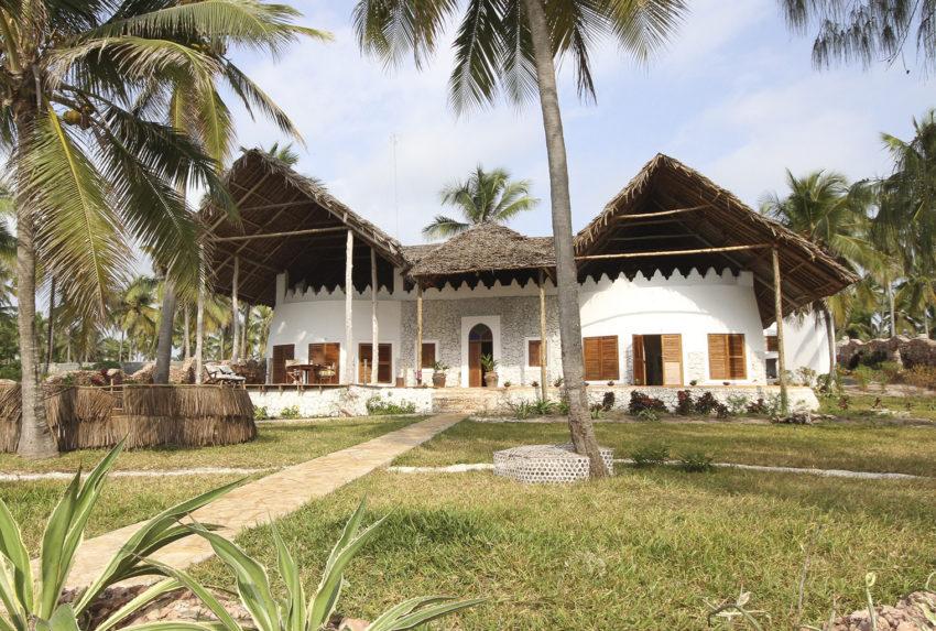 Tanzania-Dar-House-Exterior
