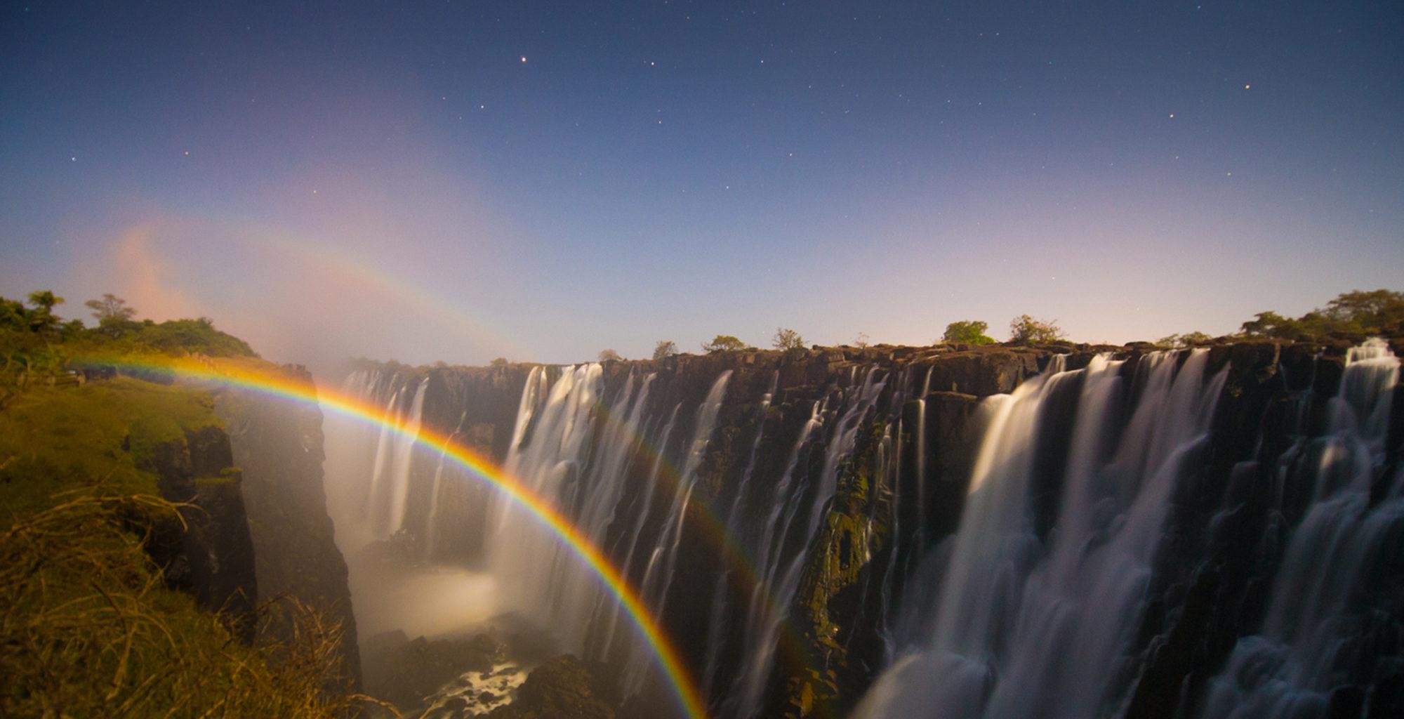 Zambia-Victoria-Falls-Rainbow