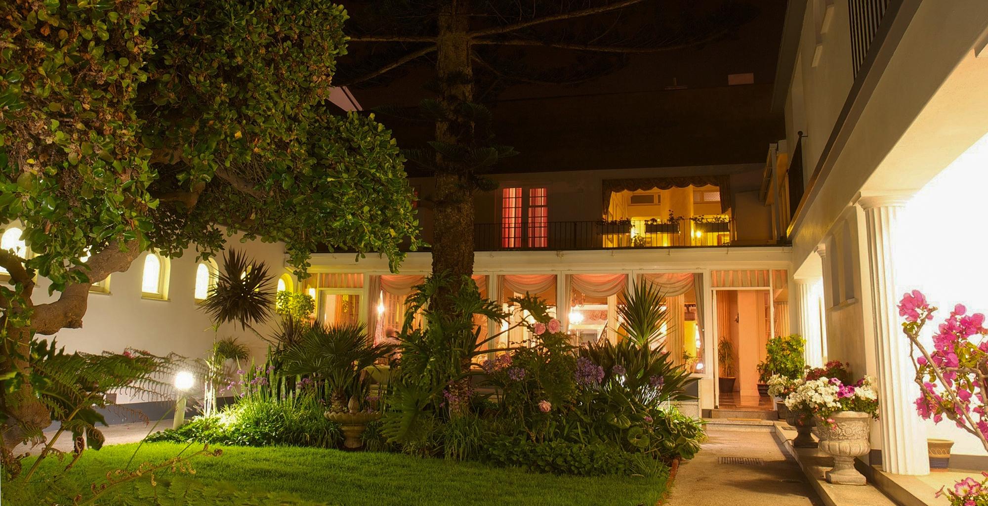 Namibia-Hansa-Hotel-Garden