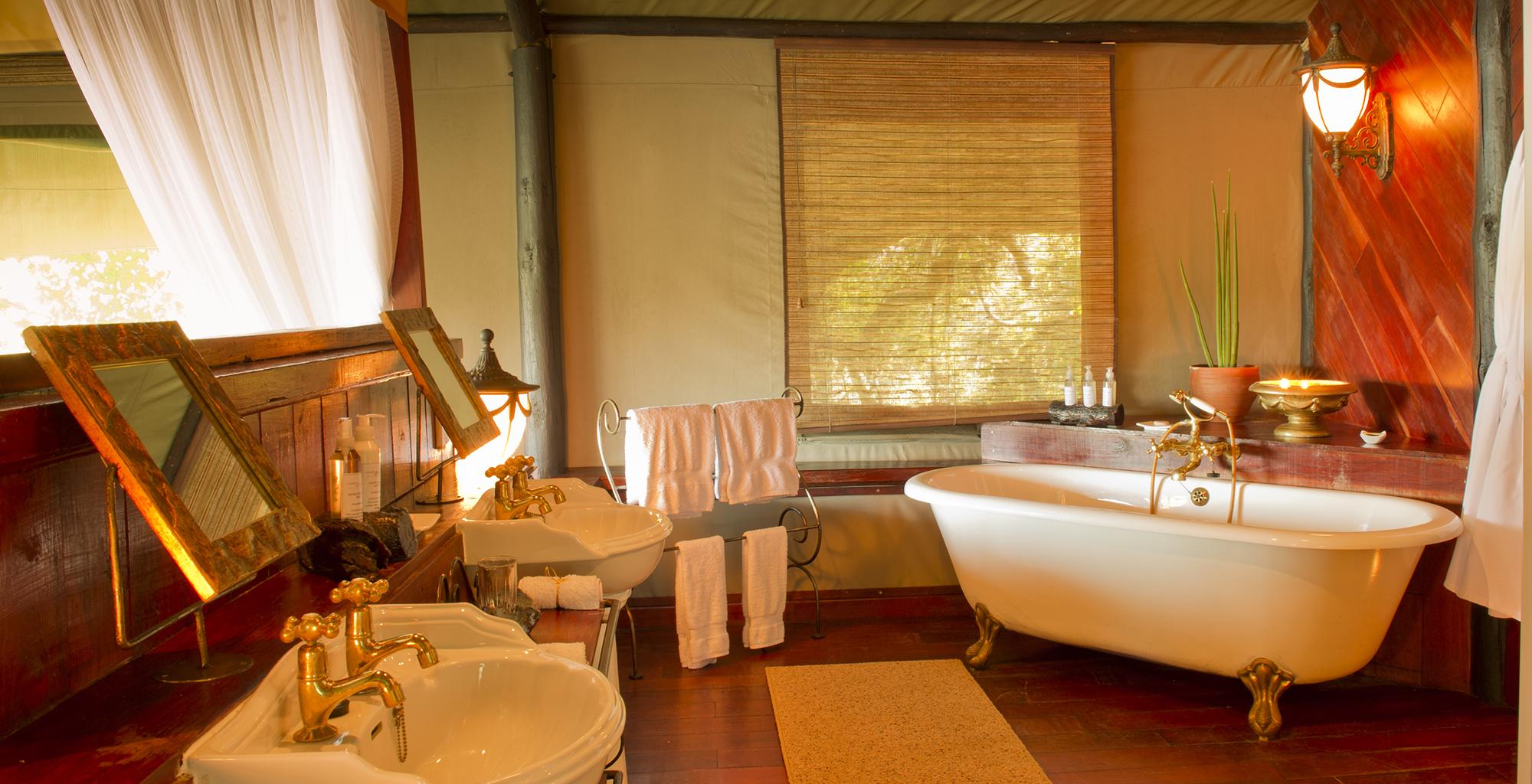 Zambia-Islands-of-Siankaba-Bathroom