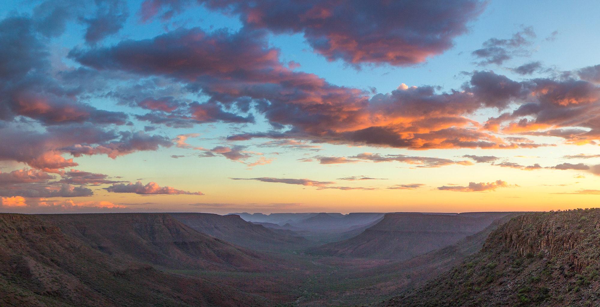 Namibia-Damaraland-Valley-Landscape