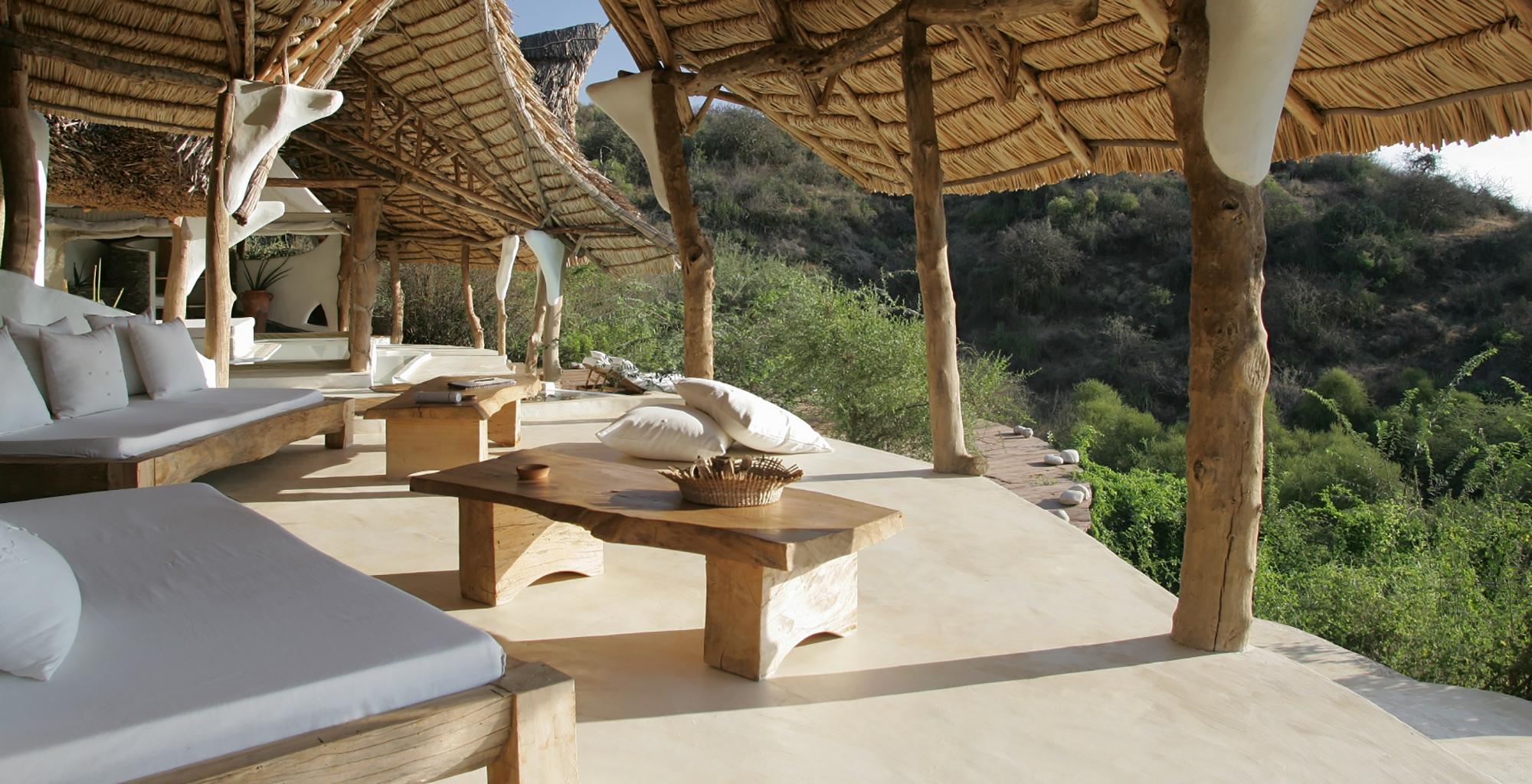Kenya-Little-Shompole-Outdoor-Lounge
