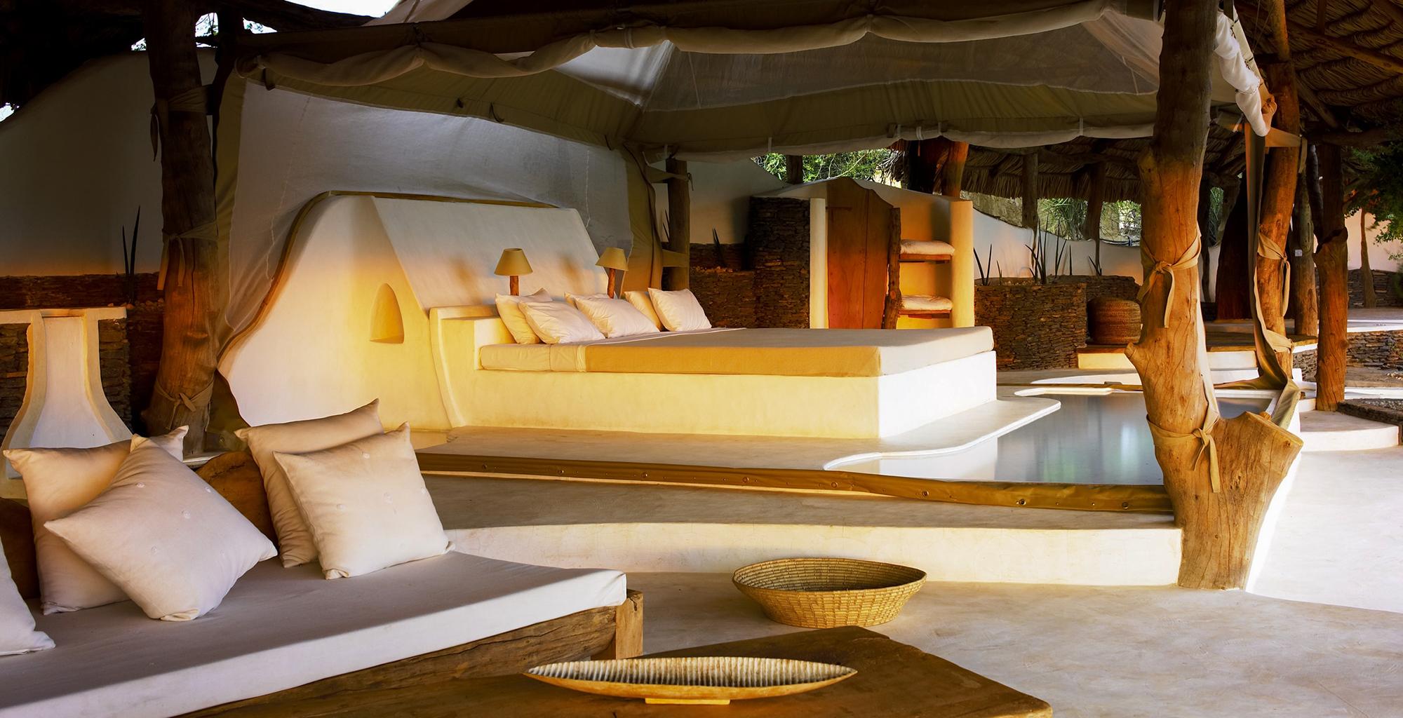 Kenya-Little-Shompole-Bed-Suite
