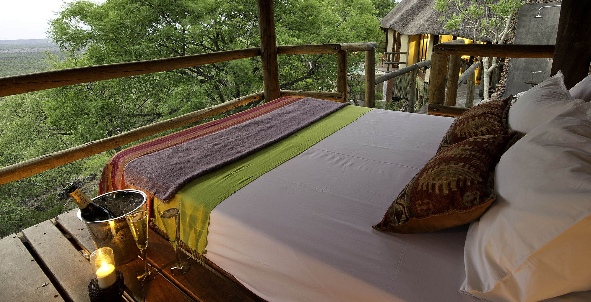 Namibia-Little-Ongava-Lodge-Star-Bed