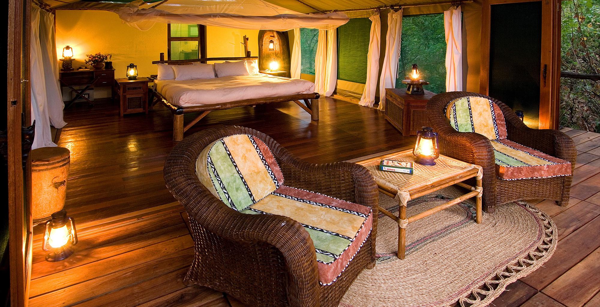 Malawi-Liwonde-National-Park-Mvuu-Lodge-Deck