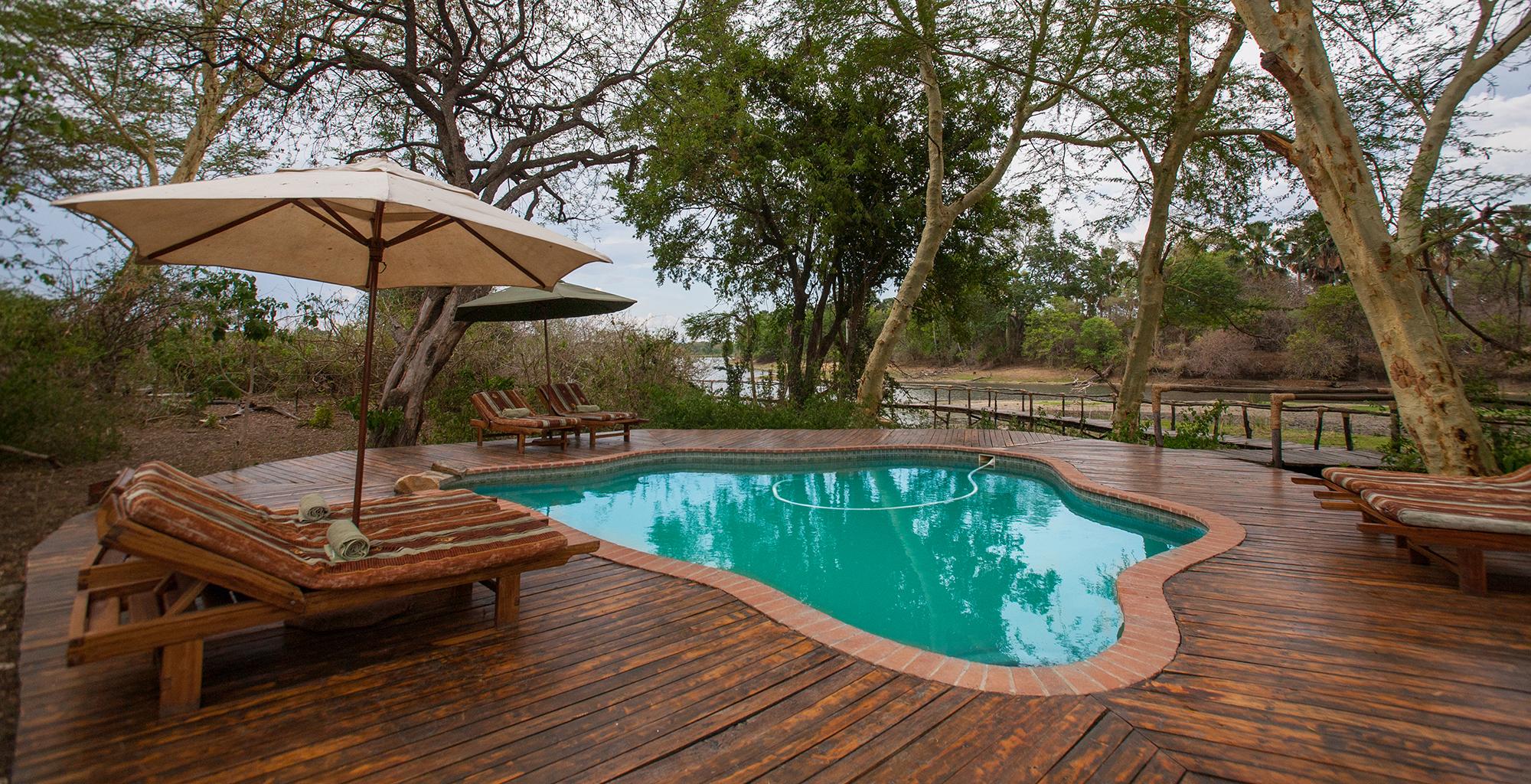 Malawi-Liwonde-National-Park-Mvuu-Lodge-Swimming-Pool