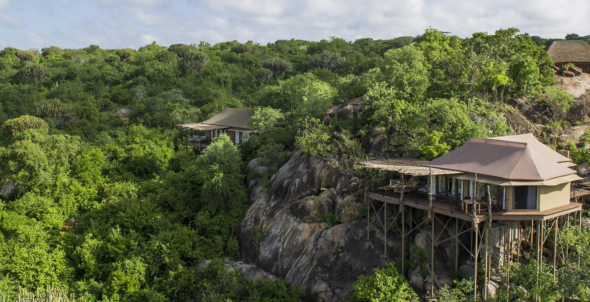 Tanzania-Mwiba-Lodge-Exterior