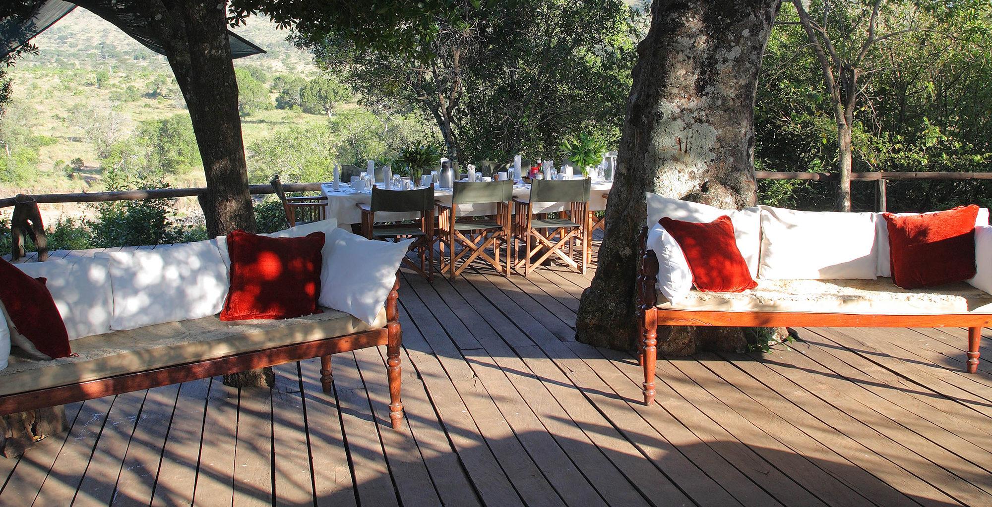 Kenya-Serian-Deck-Lounge