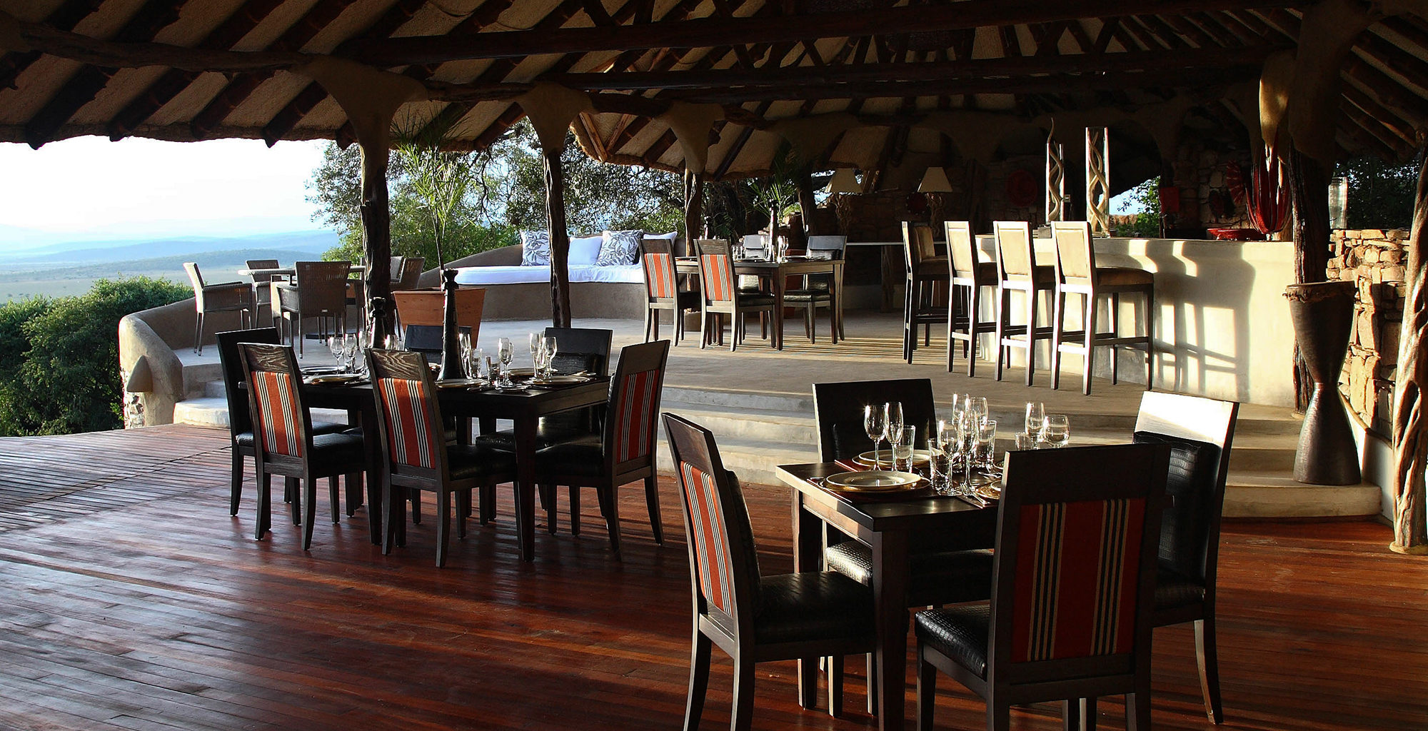 Kenya-Olarro-Lodge-Restaurant