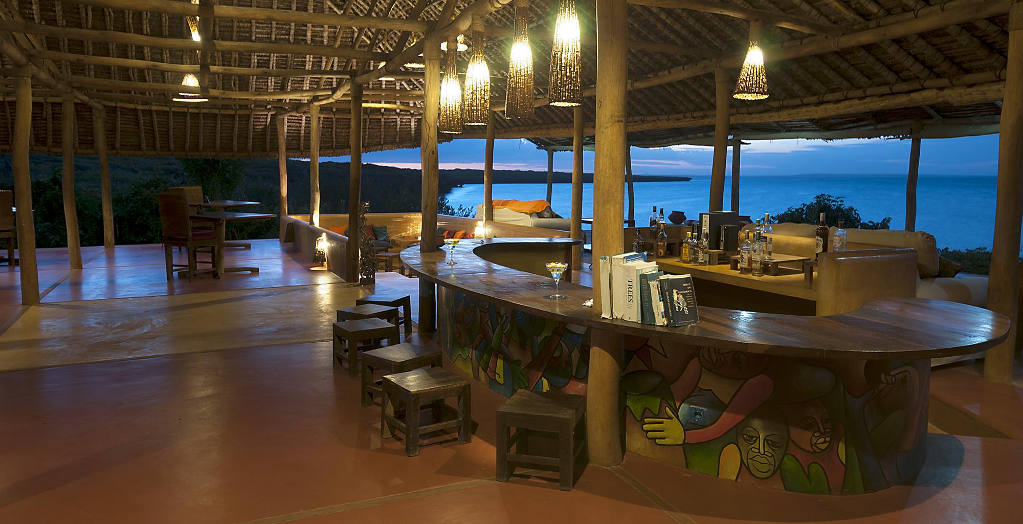Mozambique-Nampula-Ilha-Nuarra-Lodge-Bar