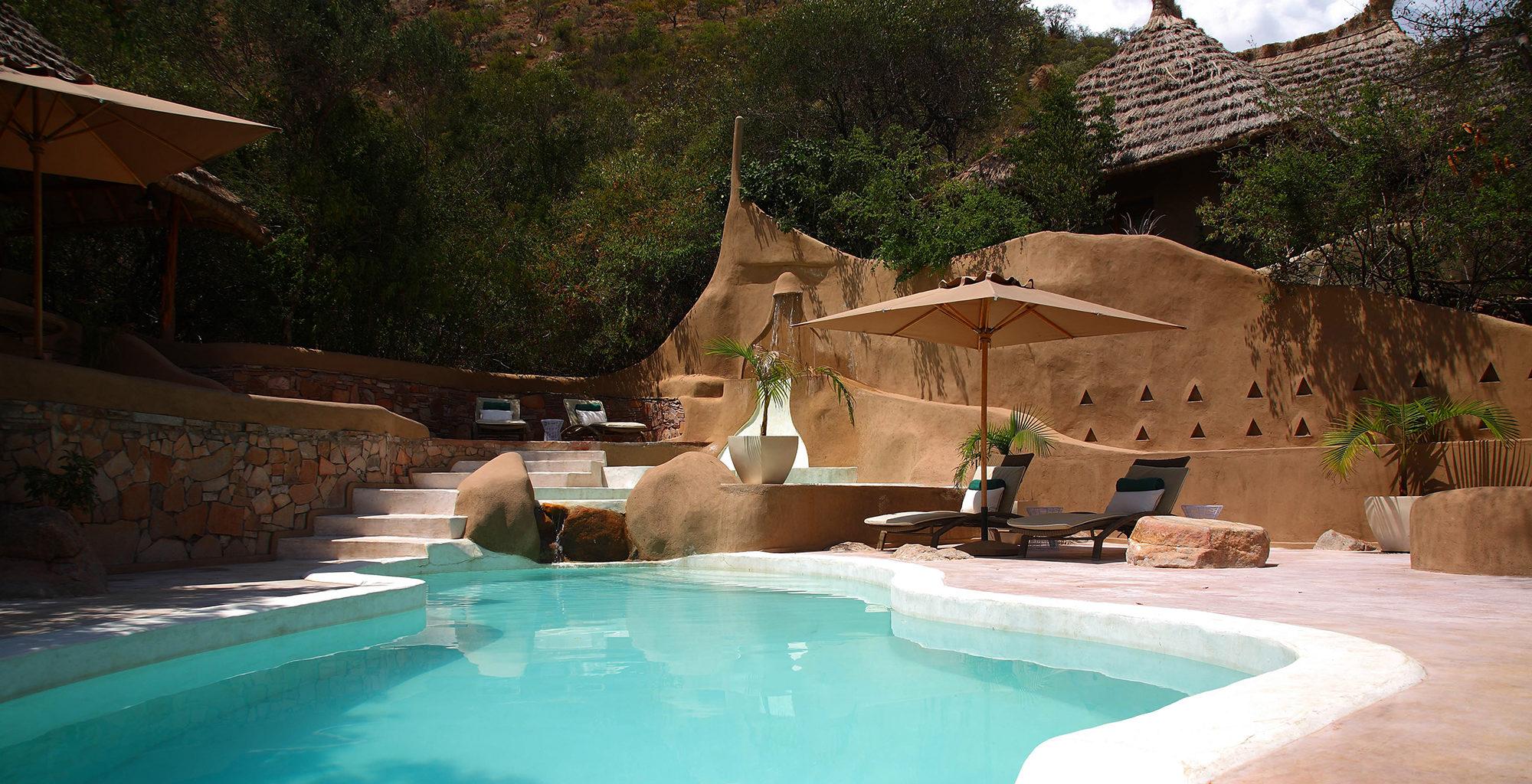 Kenya-Olarro-Lodge-Swimming-Pool