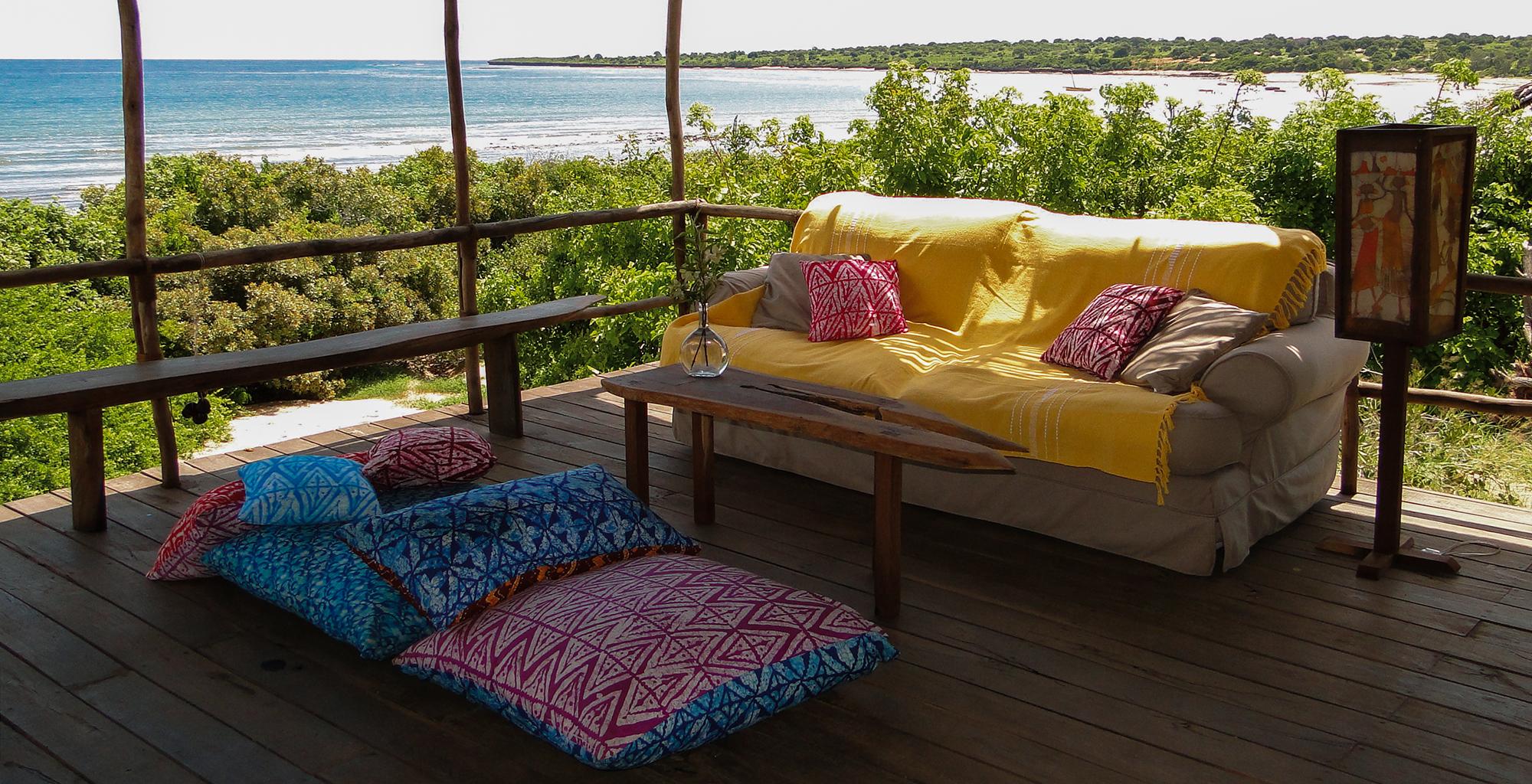 Mozambique-Nampula-Ilha-Nuarra-Lodge-Living-Area