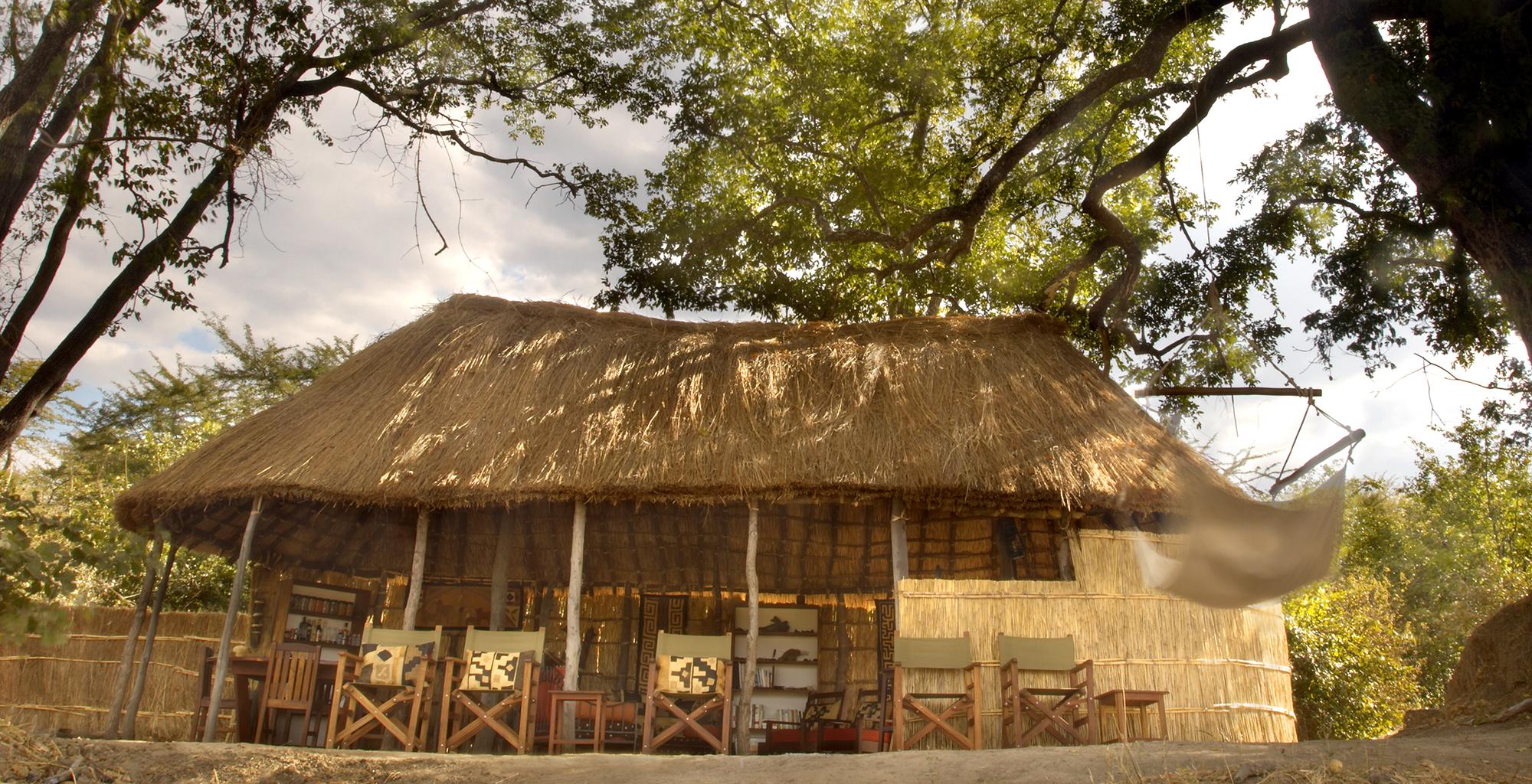 Zambia-Mwaleshi-Camp-Exterior