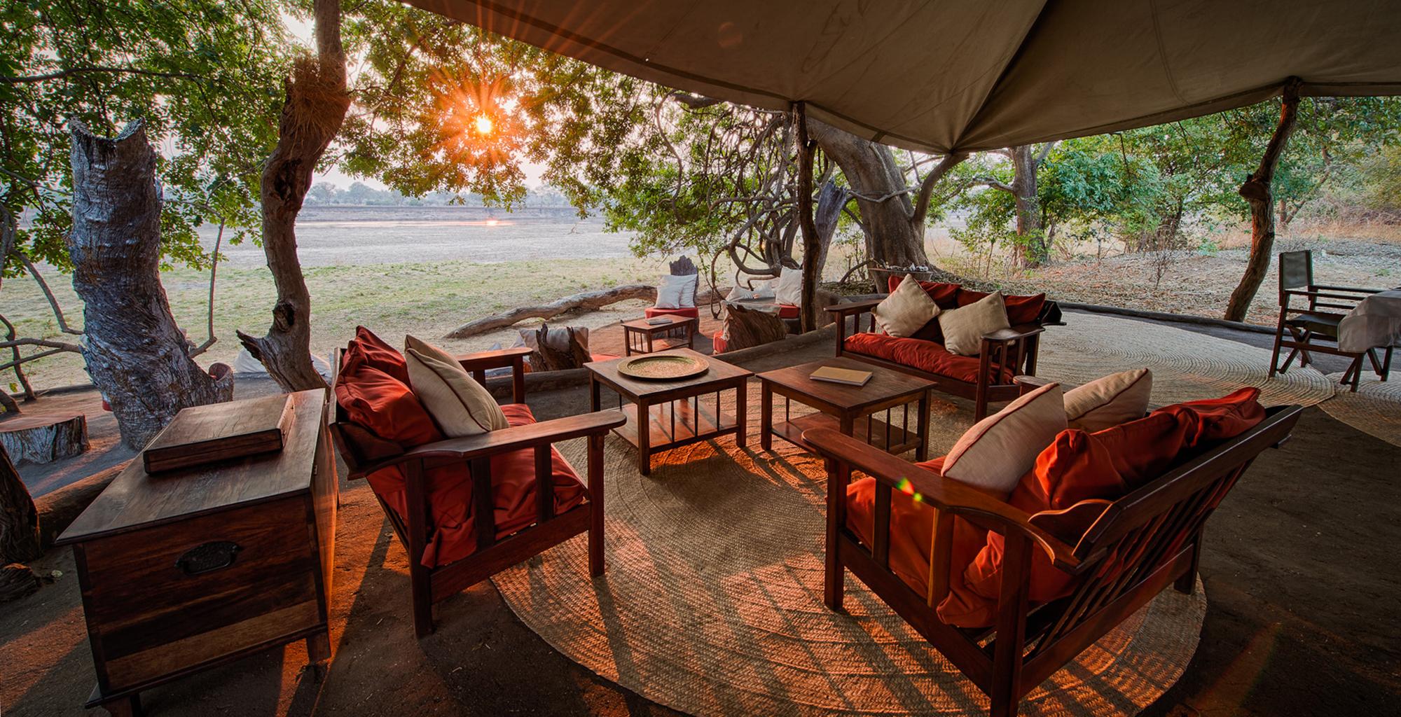 Zambia-Tena-Tena-Lounge